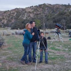 Телескоп Celestron AstroMaster LT 70AZ + Набор аксессуаров FirstScope